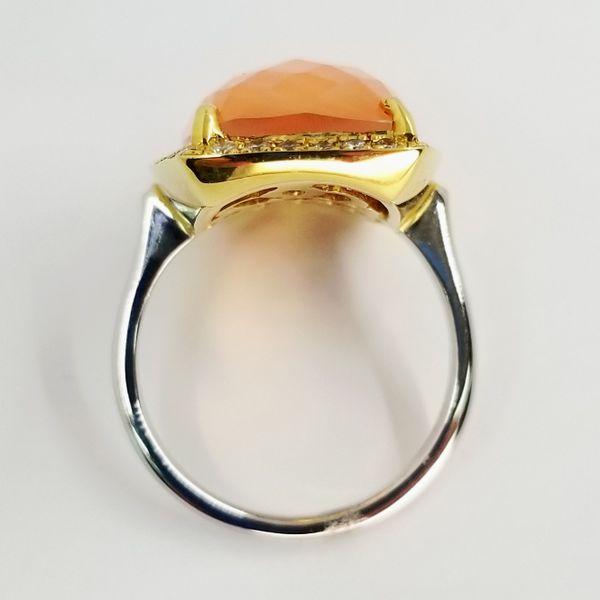 Coral-Quartz-Yellow-Gold-Ring