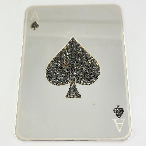 Ace-of-spade-card-with-black-diamonds