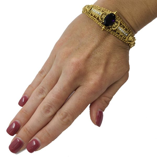 Amethyst-pearl-yellow-gold-bracelet