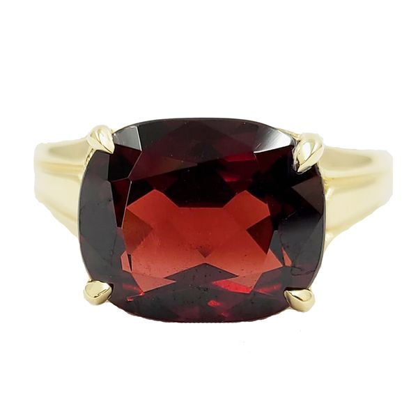 Garnet-yellow-gold-ring
