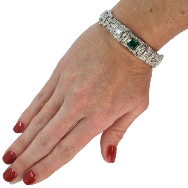 Emerald-and-diamond-bracelet