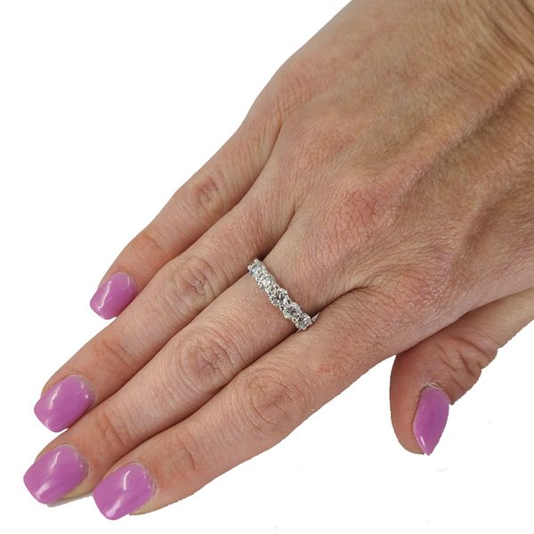 5-Diamond-Wedding-Band