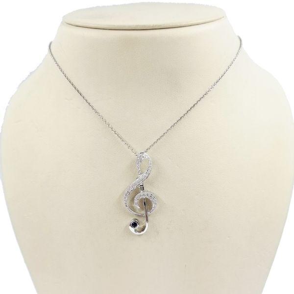 Musical-Clef-Diamond-Pendant