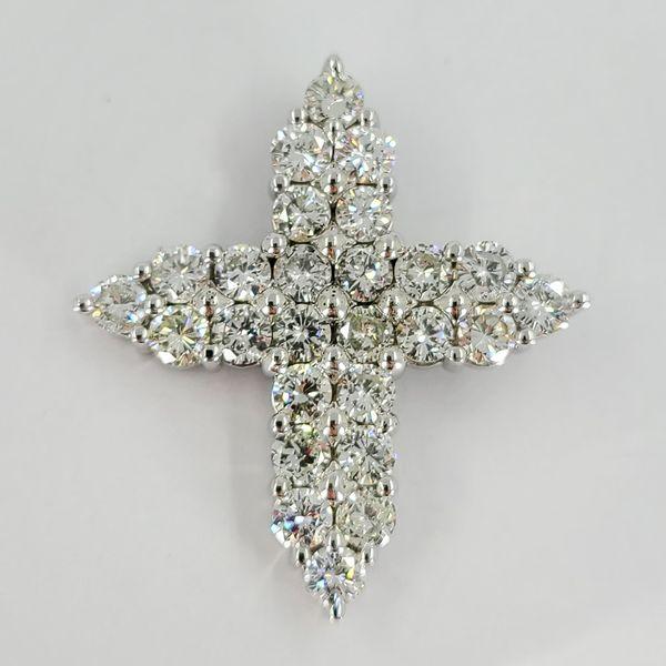 diamond-cross-pendant
