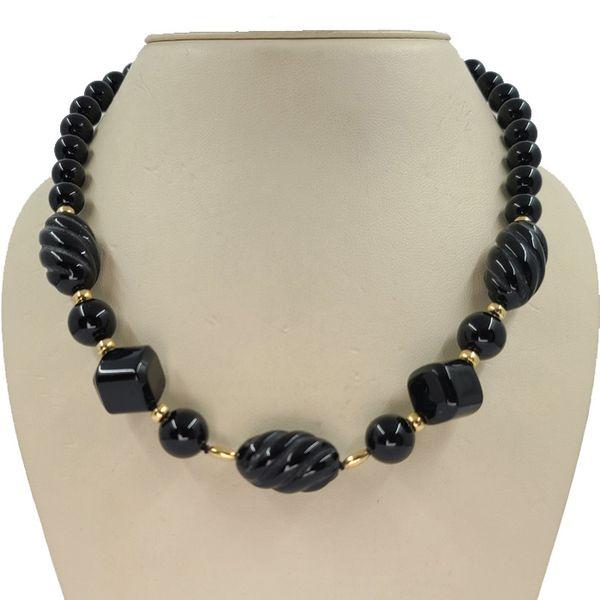 onyx-bead-necklace