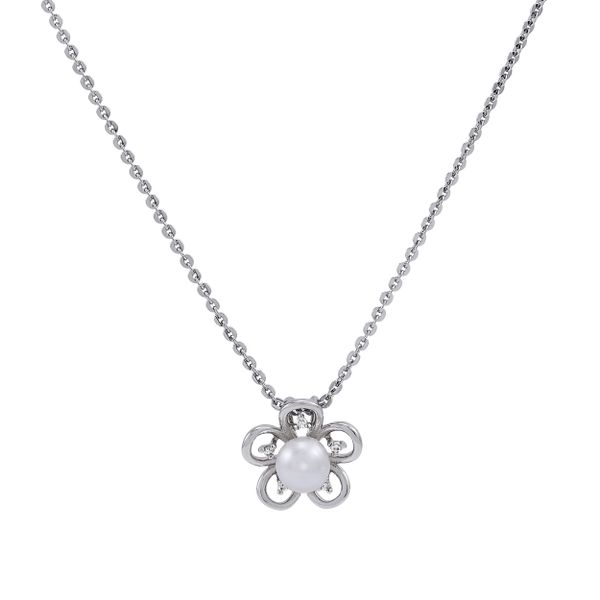 PA4186P0A6SB0-Honora-Silver-and-pearl-flower-pendant