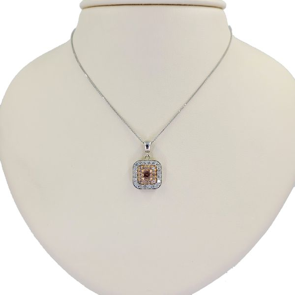 natural-fancy-pink-diamond-pendant-necklace