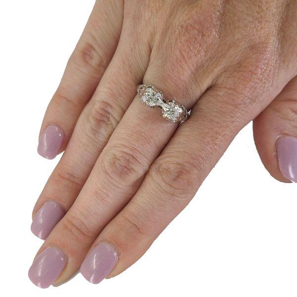Antique-18-Karat-white-gold-diamond-ring