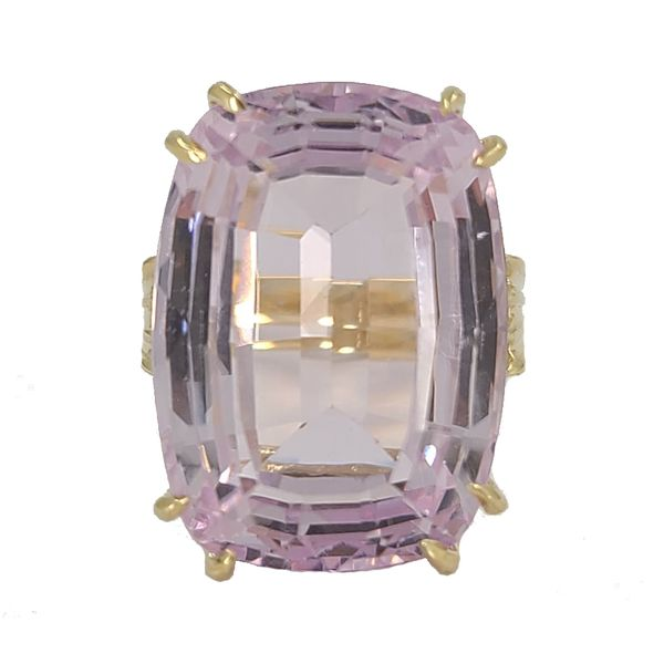pink-Kunzite-and-yellow-gold-ring