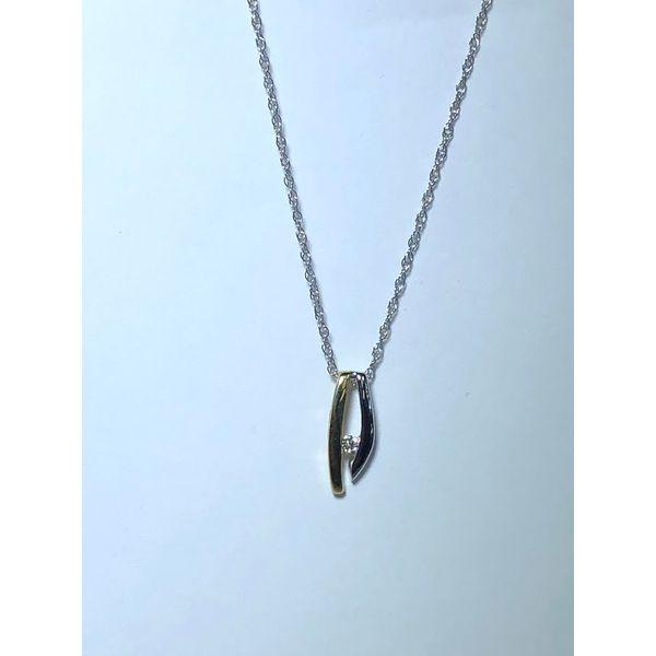14k TT Double bar diamond pendant Jerald Jewelers Latrobe, PA
