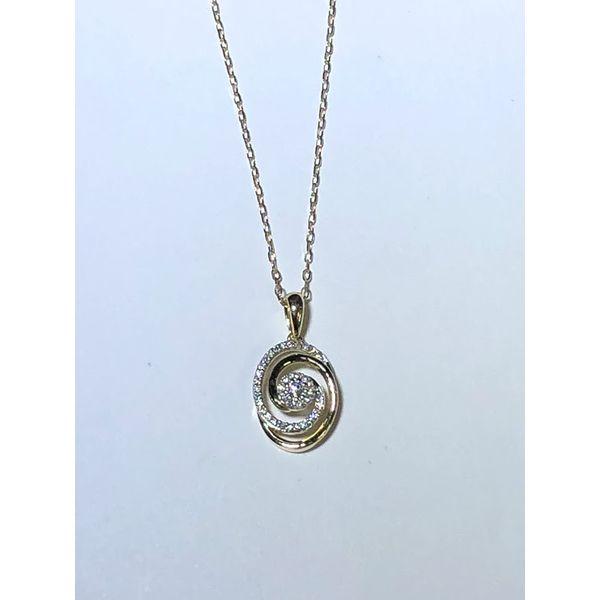 10k yg oval twist diamond cluster pendatn Jerald Jewelers Latrobe, PA