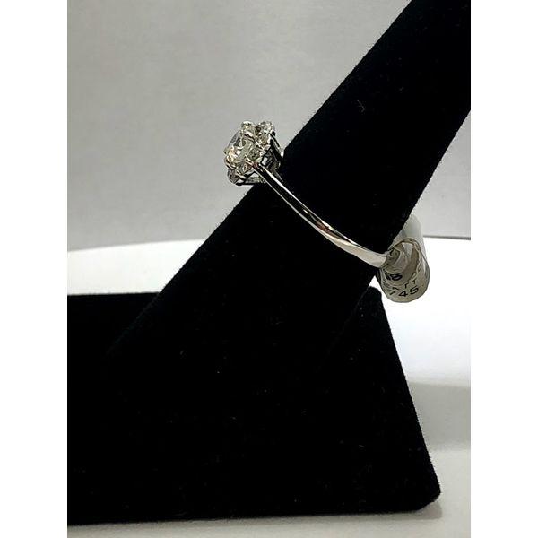 Round Diamond Engagement Ring Image 3 Jerald Jewelers Latrobe, PA