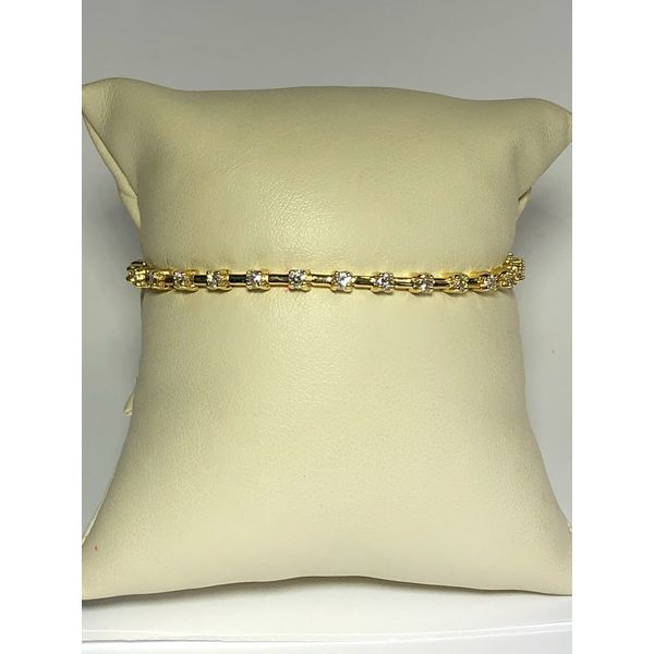 Diamond Link Bracelet Jerald Jewelers Latrobe, PA