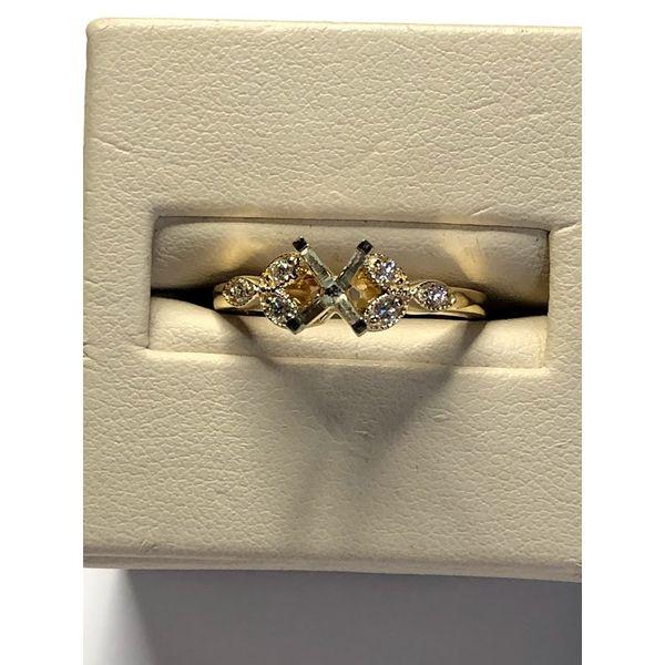 14kt YG Diamond Semi Mount Jerald Jewelers Latrobe, PA