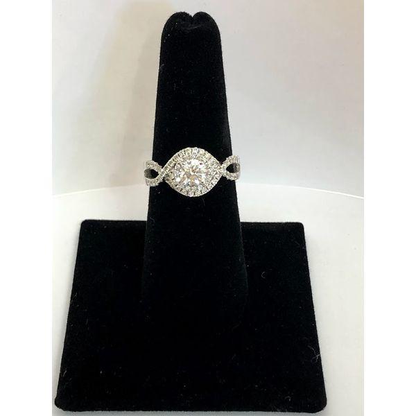 Round Halo Engagement Ring Jerald Jewelers Latrobe, PA