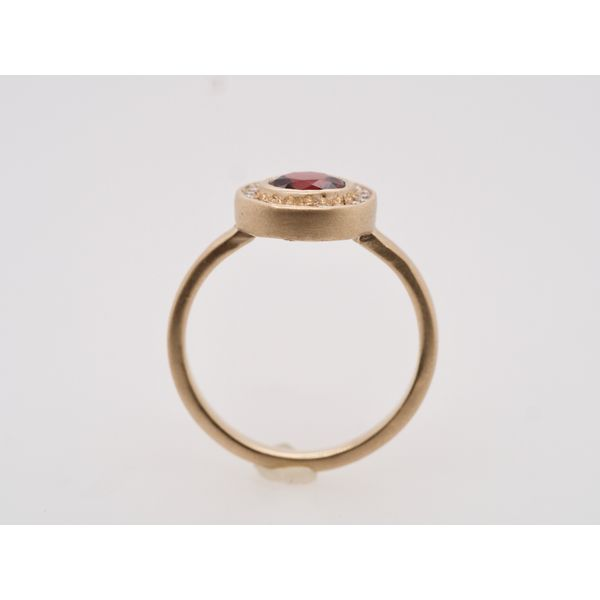 Idaho Garnet with Diamond Halo Gold Ring Image 2 Portsches Fine Jewelry Boise, ID