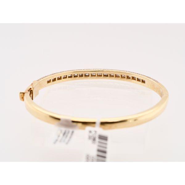 18k Yellow Gold Pavé Diamond Bracelet  Image 3 Portsches Fine Jewelry Boise, ID