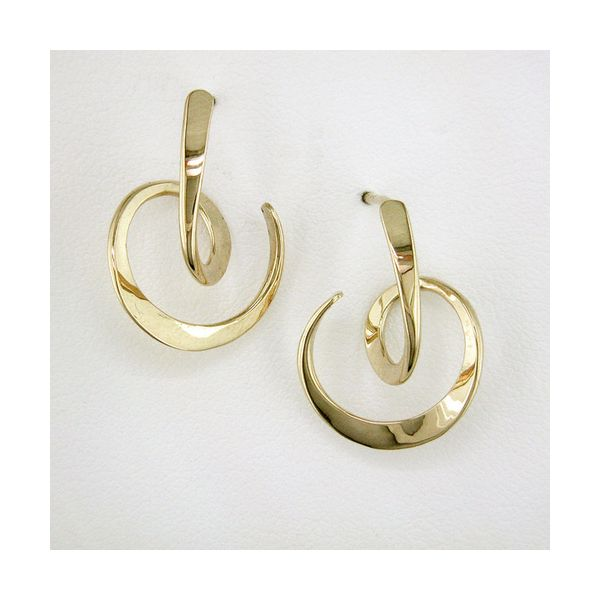 Looping Circle Earrings The Diamond Center Claremont, CA