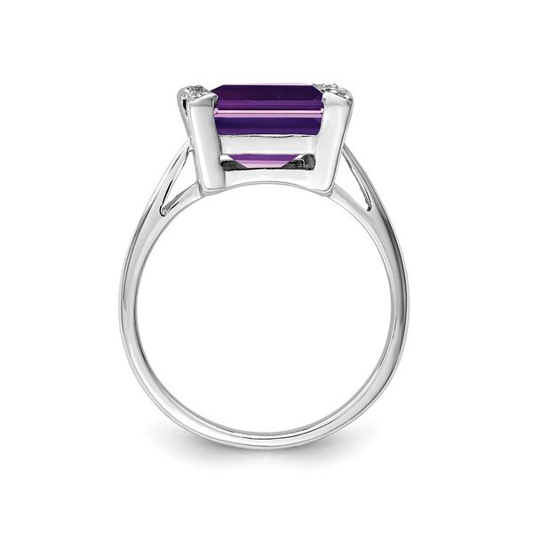 Sterling Silver Amethyst Ring Image 3 Martin Busch Inc. New York, NY