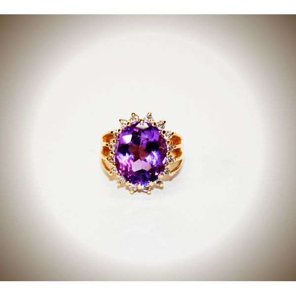 14 Karat Yellow Gold Amethyst Fashion Ring McCoy Jewelers Bartlesville, OK