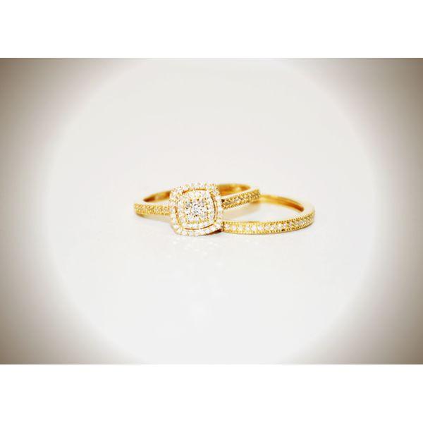 10 Karat Yellow Gold Halo Ring Set McCoy Jewelers Bartlesville, OK