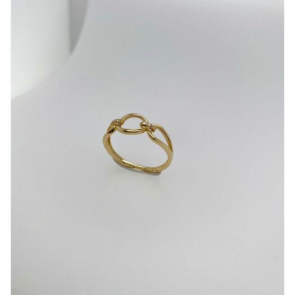 Diamond and Gold Oval Ring Image 2 Mystique Jewelers Alexandria, VA