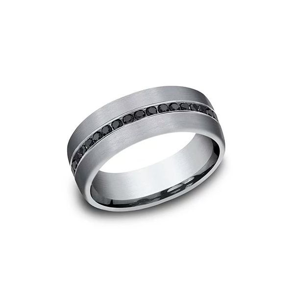 black round ideal-cut diamond band Mystique Jewelers Alexandria, VA