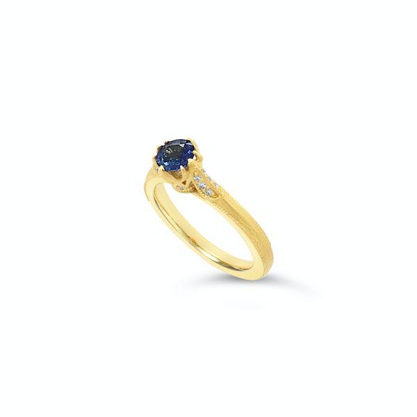 Sapphire diamond ring Mystique Jewelers Alexandria, VA