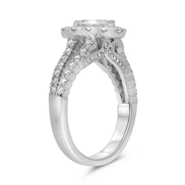 Pear-shaped Split Shank Diamond Ring Image 2 Mystique Jewelers Alexandria, VA
