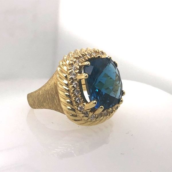 14K Gold London Blue Topaz Ring Mystique Jewelers Alexandria, VA
