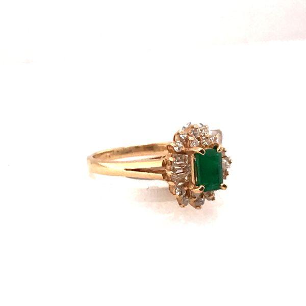 Emerald & Diamond Gold Ring Image 2 Mystique Jewelers Alexandria, VA