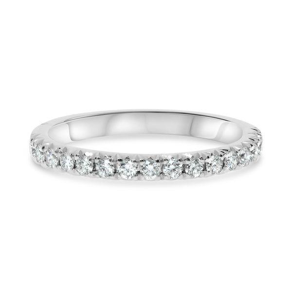 Round Cut Diamond Band Mystique Jewelers Alexandria, VA