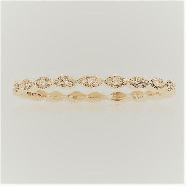 Milgrain Leaf Gold Diamond Band Mystique Jewelers Alexandria, VA