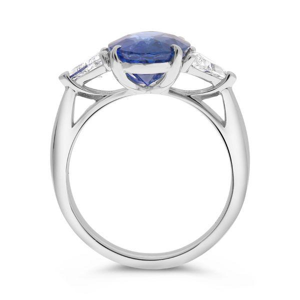 Natural 3.58 Ct Sapphire ring  Image 3 Mystique Jewelers Alexandria, VA