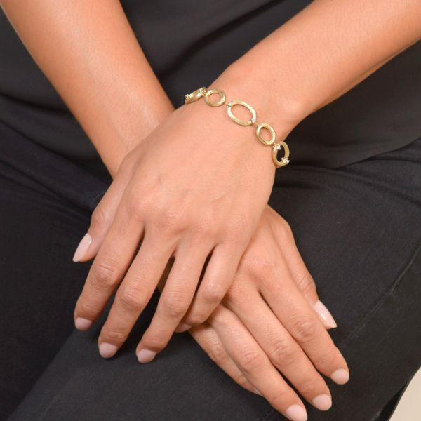 Jude France Gold Oval Link Chain Bracelet Image 2 Mystique Jewelers Alexandria, VA