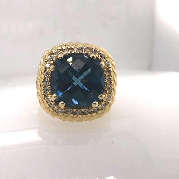 14K Gold London Blue Topaz Ring Image 2 Mystique Jewelers Alexandria, VA