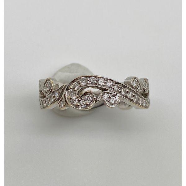 HIDALGO Scroll Diamond Band Mystique Jewelers Alexandria, VA