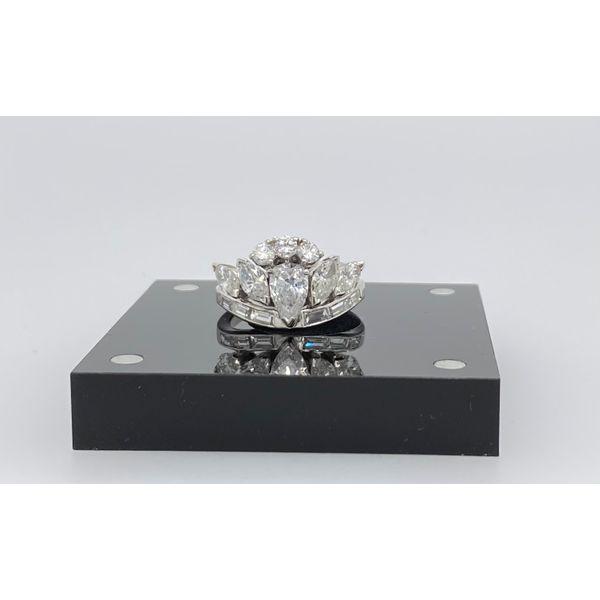 Platinum Diamond Ring Image 2 Mystique Jewelers Alexandria, VA