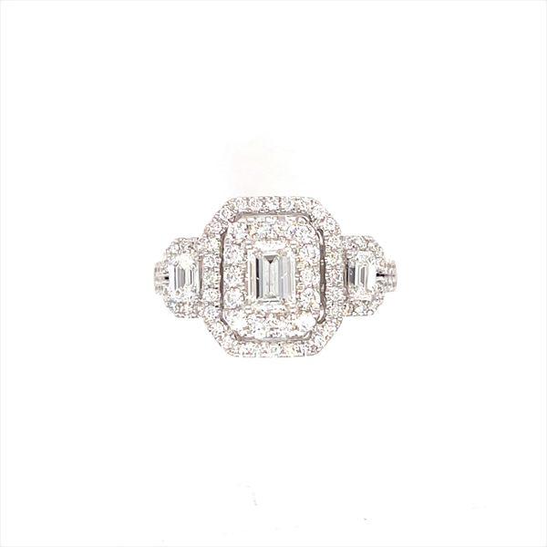 14 kt White Gold Diamond Engagement Ring