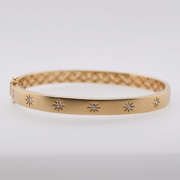 Gorgeous Gold Bangle Bracelet with Diamonds