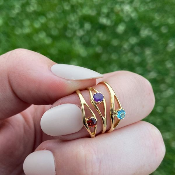 Children's January Birthstone Ring Image 2 Parris Jewelers Hattiesburg, MS