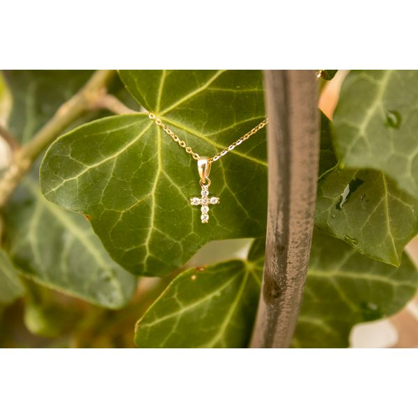 14 kt Yellow Gold Petite Diamond Cross Necklace  Image 2 Parris Jewelers Hattiesburg, MS