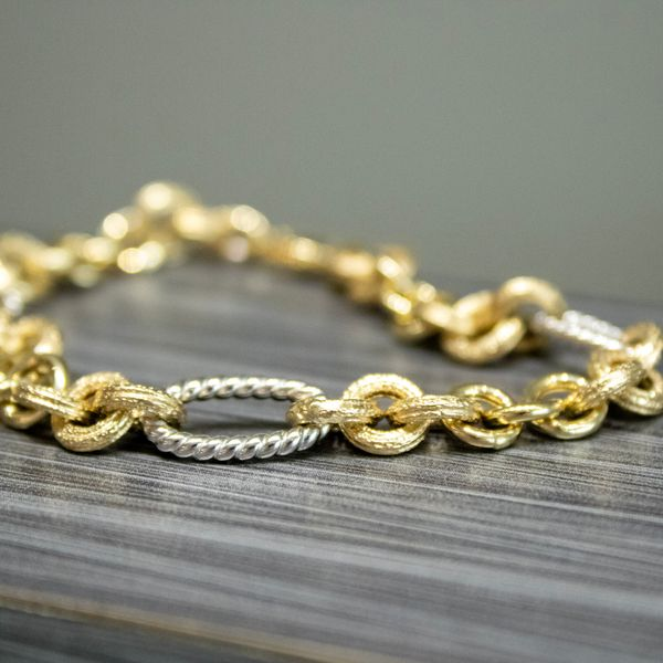 Two-Tone Link Bracelet Image 2 Parris Jewelers Hattiesburg, MS