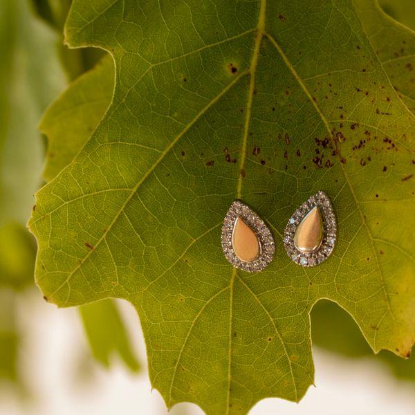 14 kt Yellow Gold Diamond Earrings Image 2 Parris Jewelers Hattiesburg, MS