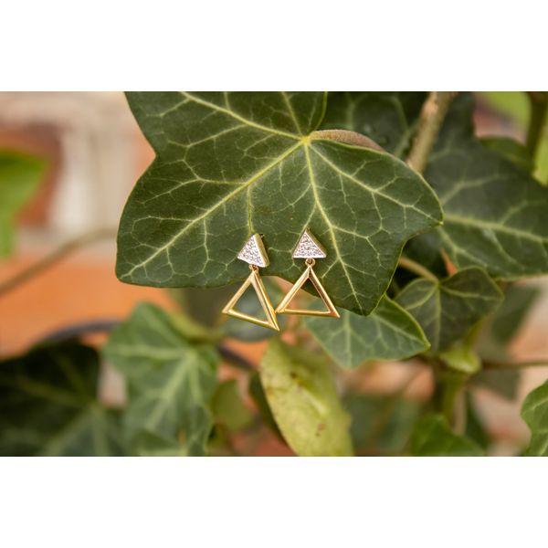 14 kt Yellow Gold Triangle Diamond Earrings Image 2 Parris Jewelers Hattiesburg, MS