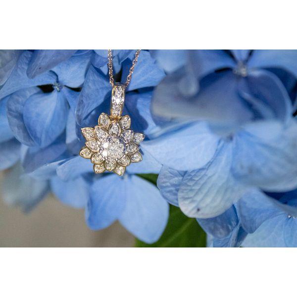 10 kt Flower-Shaped Diamond Necklace  Image 2 Parris Jewelers Hattiesburg, MS