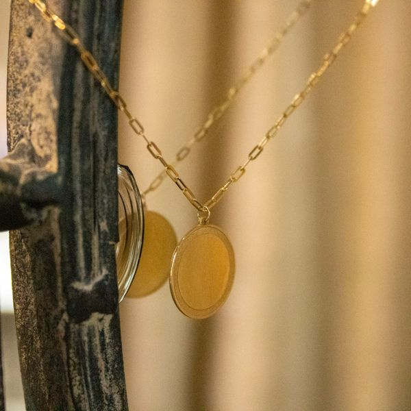 14 kt Yellow Gold Engravable Disc Necklace  Image 2 Parris Jewelers Hattiesburg, MS