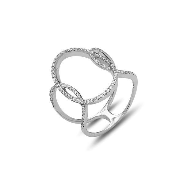 14 kt White Gold Diamond Ring