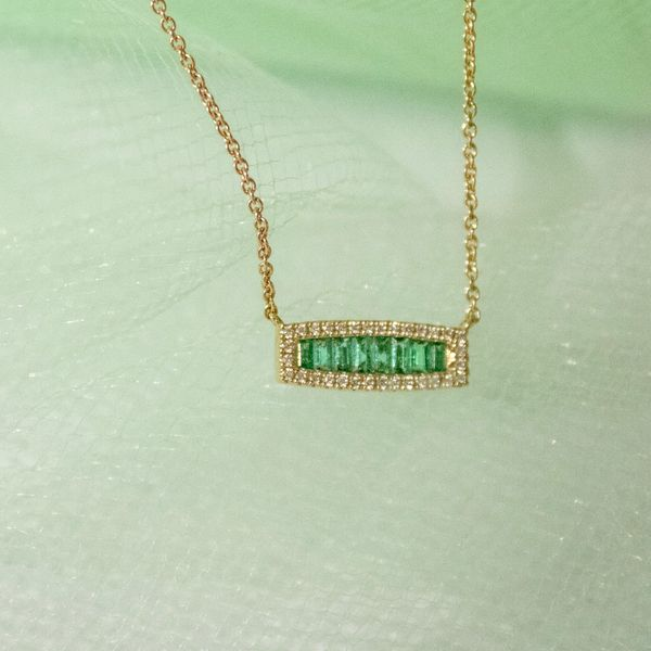 14 kt Yellow Gold Baguette Emerald and Round Diamond Bar Necklace Image 2 Parris Jewelers Hattiesburg, MS