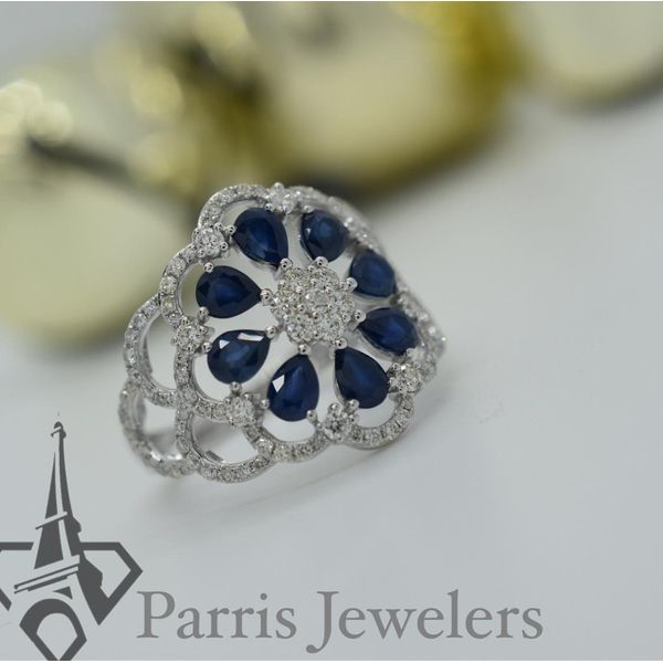 14 kt White Gold Sapphire Flower Ring Image 2 Parris Jewelers Hattiesburg, MS